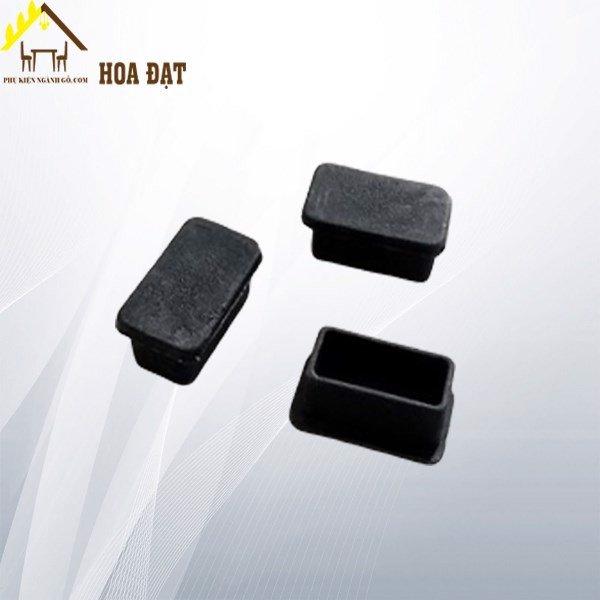 Nút chân nhựa đen 13x26mm NCN1326TP (kg)