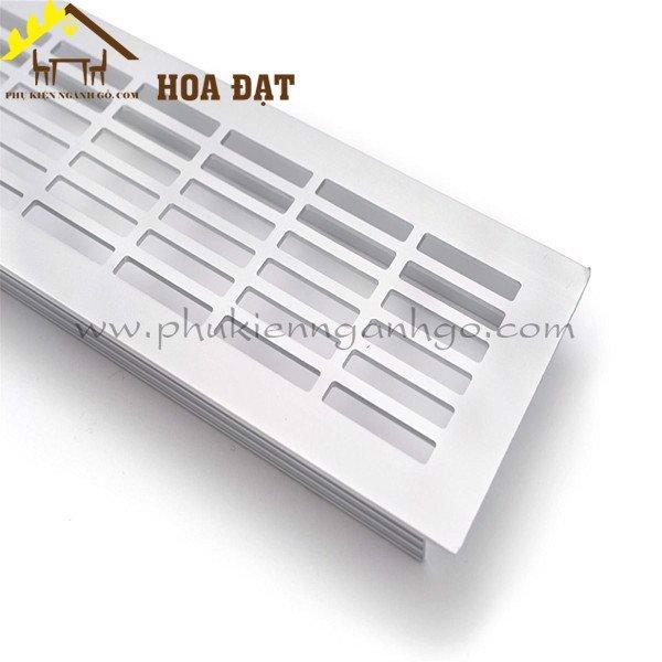 Lưới thông hơi thoáng khí cho tủ bếp bằng nhôm 50x150mm GR50150