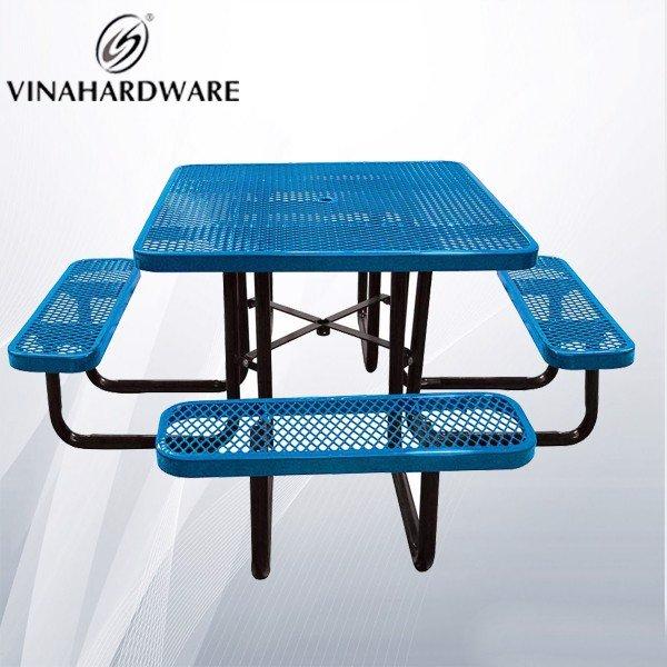 Bộ bàn ghế khung sắt lưới mắt cá ngoài trời VNH2923435