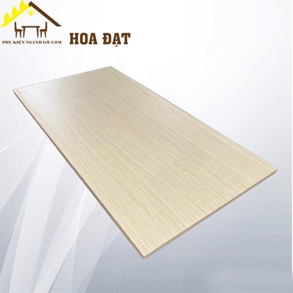 Ván công nghiệp phủ Melamin MFC240T18 (mét vuông) màu vàng vân gỗ nhạt