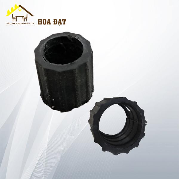 Nút nhựa ốp ống tròn kín phi 16 sọc PB16TK (Kg)