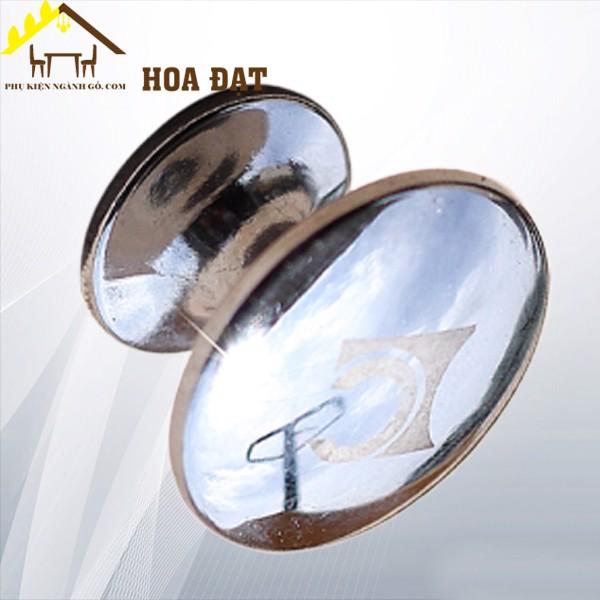Núm tay nắm tủ màu bạch kim HD0153