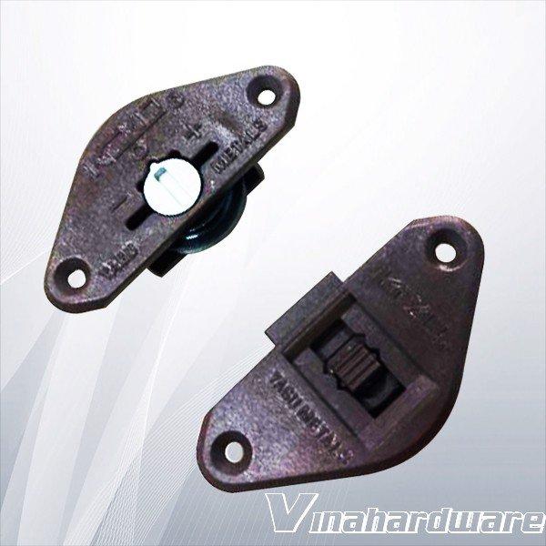 Bánh xe cửa lùa đen răng cưa lỗ khoét âm 35mm CT1225B