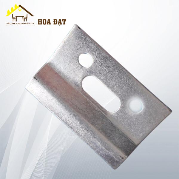Bas (pát) sắt xi trắng 60mm*40mm dày 2mm P6040T (cái)
