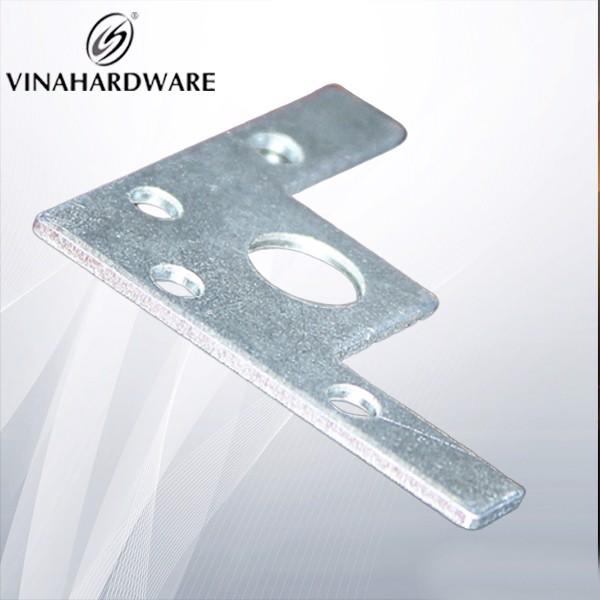 Pát sắt nẹp góc vuông cho bàn ghế tủ P4545