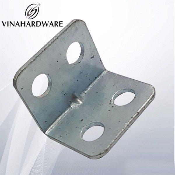 Pát sắt vuông eke bốn lỗ (nhiều kích thước) P3530