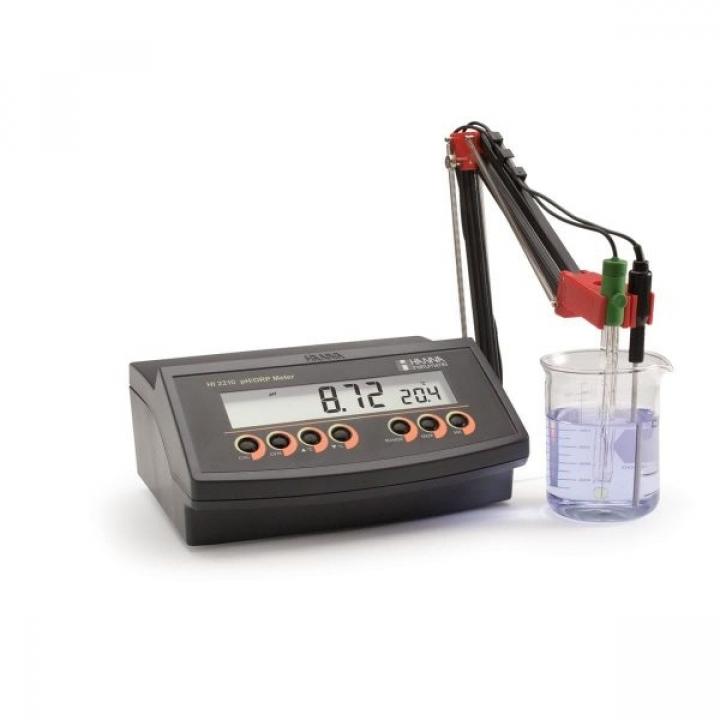 Máy đo ph/nhiệt độ để bàn Hanna HI2210-01