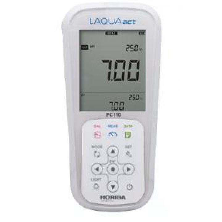Máy đo pH / thế ôxy hóa-khử (ORP) / độ dẫn / tổng hàm lượng chất rắn hòa tan (TDS) / điện trở / độ mặn cầm tay Horiba PC 110-K