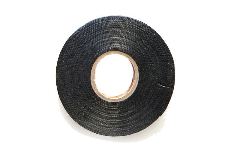 Băng keo nhựa đen 25mmx2mx0.50mmx100R
