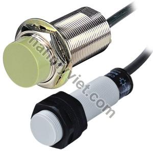 Cảm biến điện dung Autonics CR30-15DN