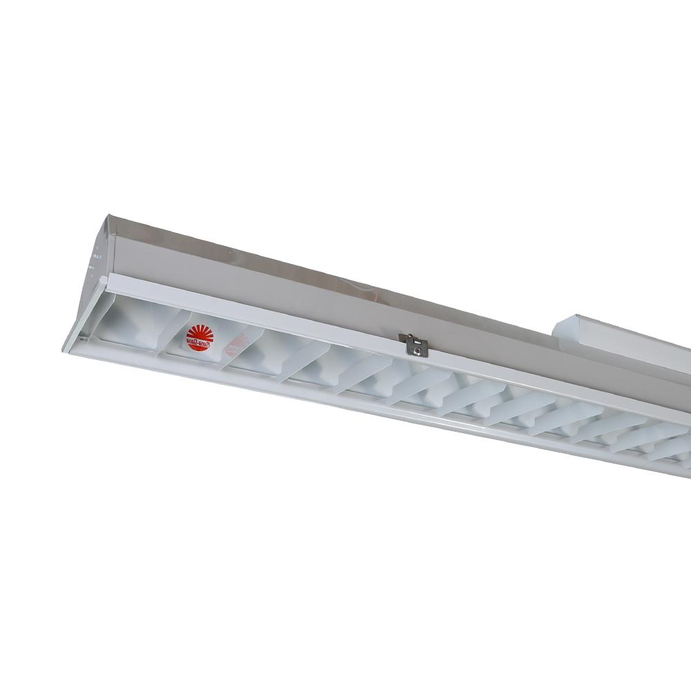 Bộ đèn LED tube chiếu sáng lớp học