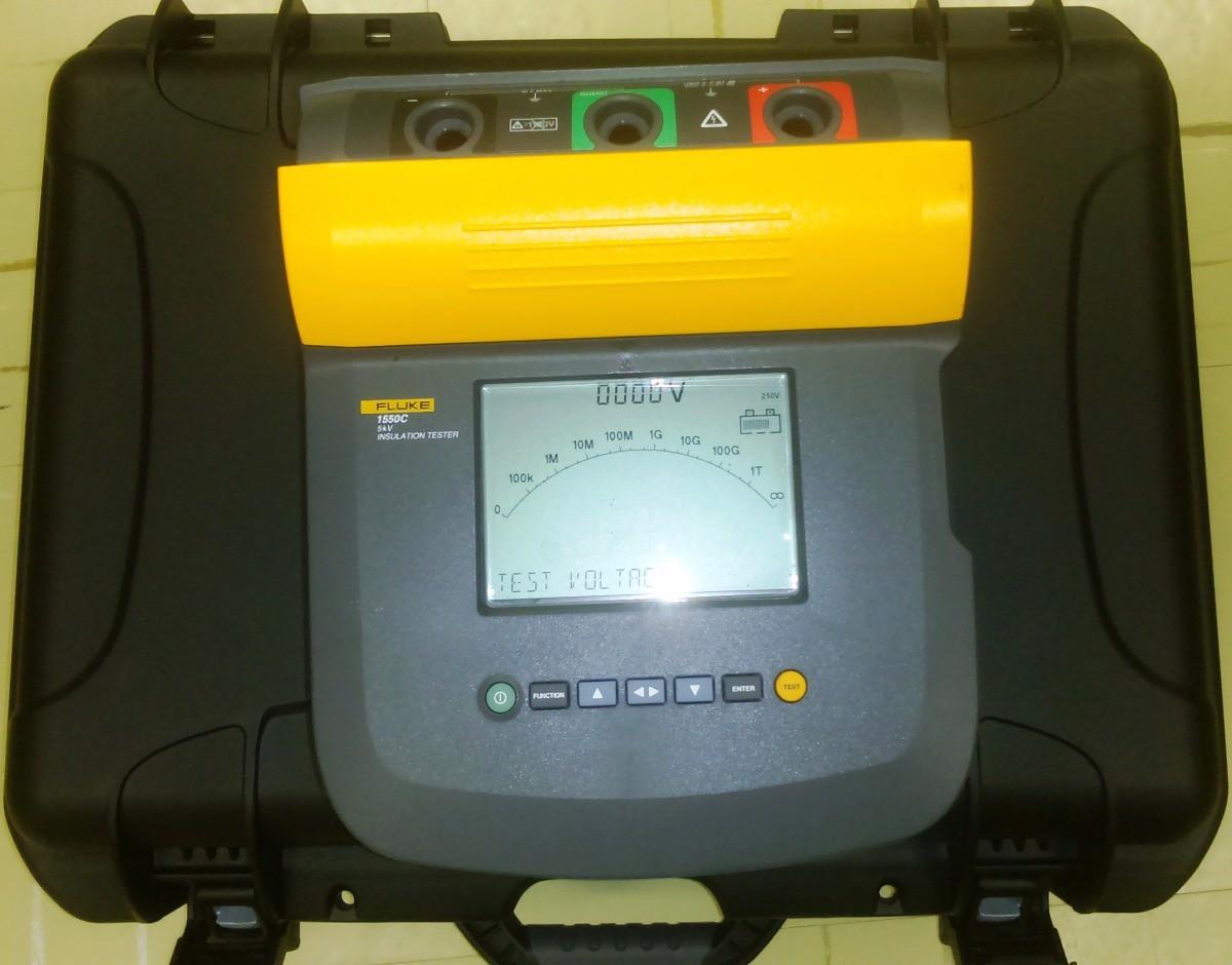 Thiết bị đo điện trở cách điện FLuke 1550C