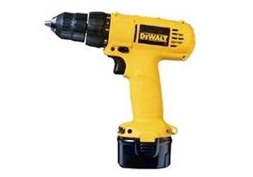 9.6V Máy khoan, vặn vít pin Dewalt DC750KA