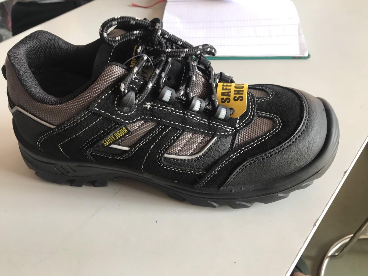 Giày bảo hộ lao động Jogger