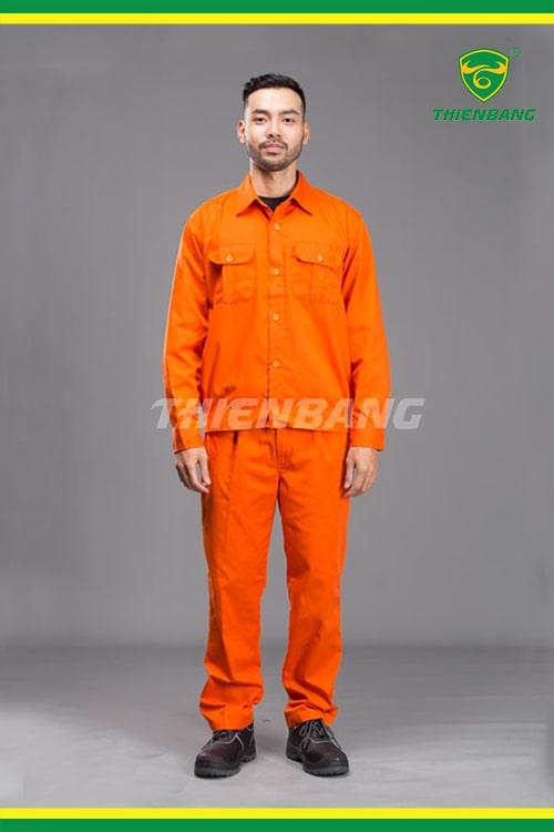 Quần áo công nhân điện lực thường