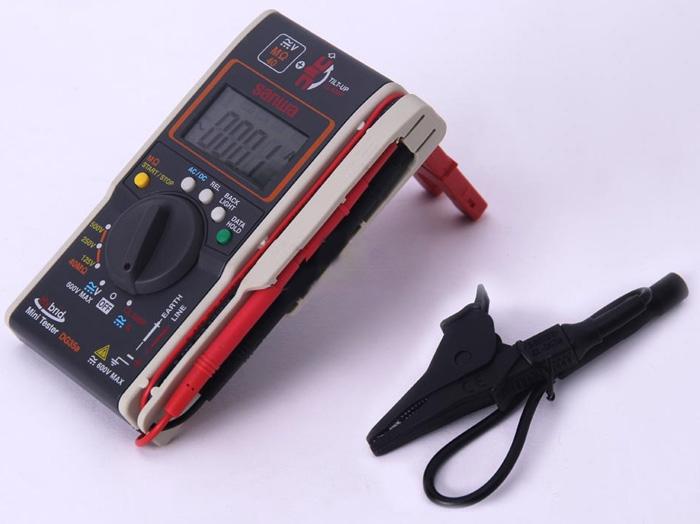 Đồng hồ đo điện trở cách điện Sanwa DG35