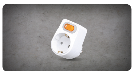 L-Shaped 1-Port Outlet with Individual Switch