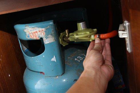 khóa bình gas